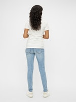 mamalicious, slim Jeans, light wash, 26-32, 32er + 34er Länge, € 54,95